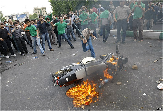 Millions of Iranians Protes Iran Presidential Election result - Islamic Republic of Iran Government cracks down on Iranian youth protesting the lack of Freedom and aleged Fraud election result